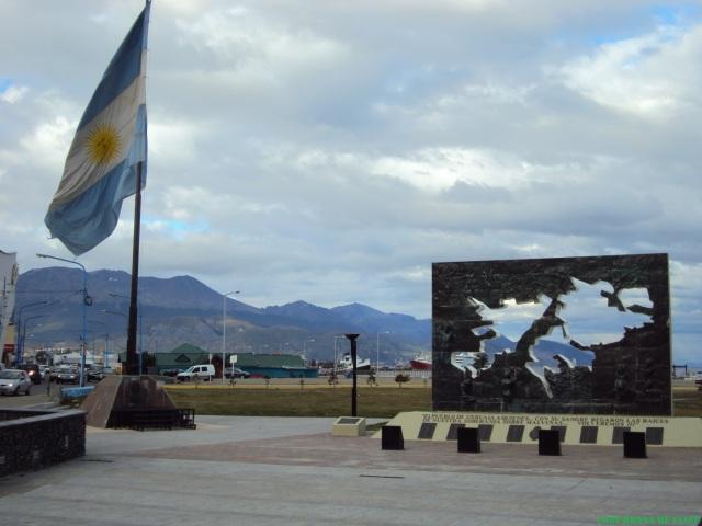 El más famoso Monumento a Malvinas en Ushuaia