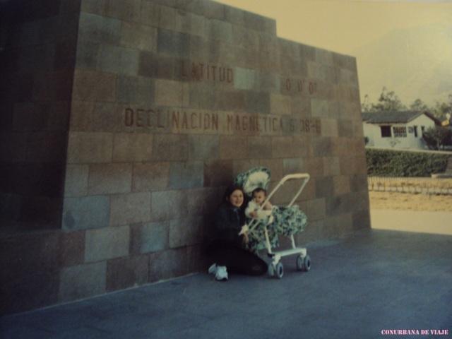 Quito, con mi hermana en la mitad del mundo