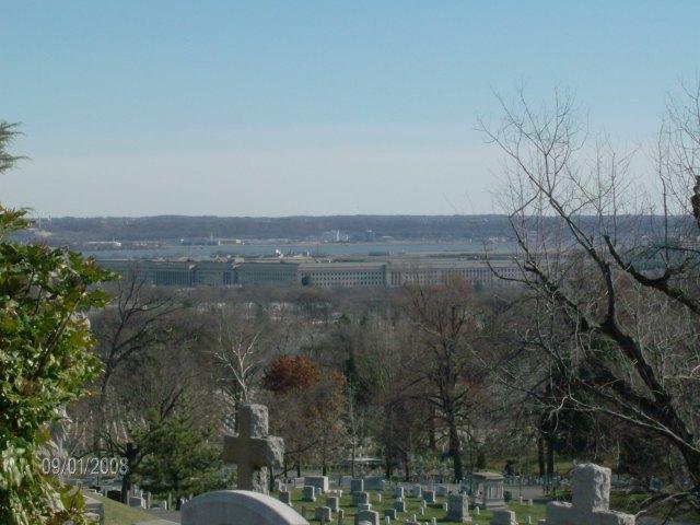El Pentágono visto desde el Cementerio de Arlington