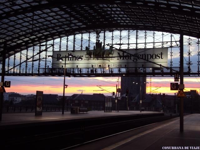 Amanecer en la Berlin Hauptbahnhof