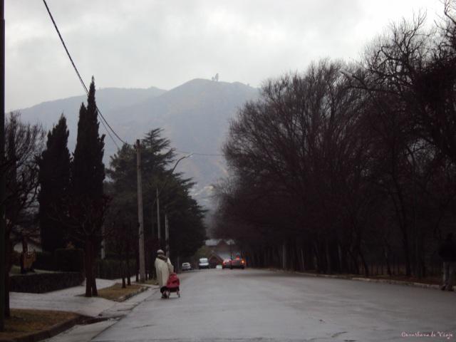 Villa General Belgrano gris y lluviosa